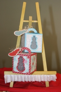 Cute snowman boxes for cute little gifts.